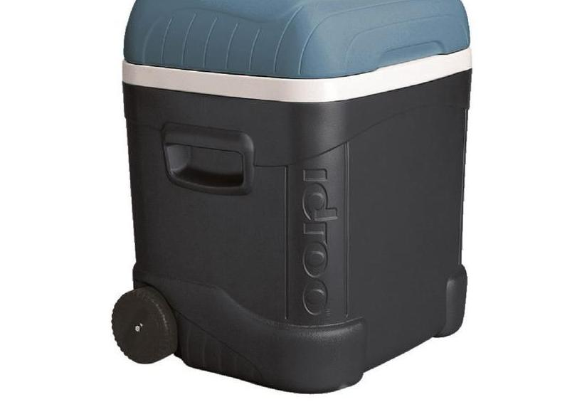 COLEMAN 3000005152 Wheeled Chest Cooler,60 qt.,Blue,White